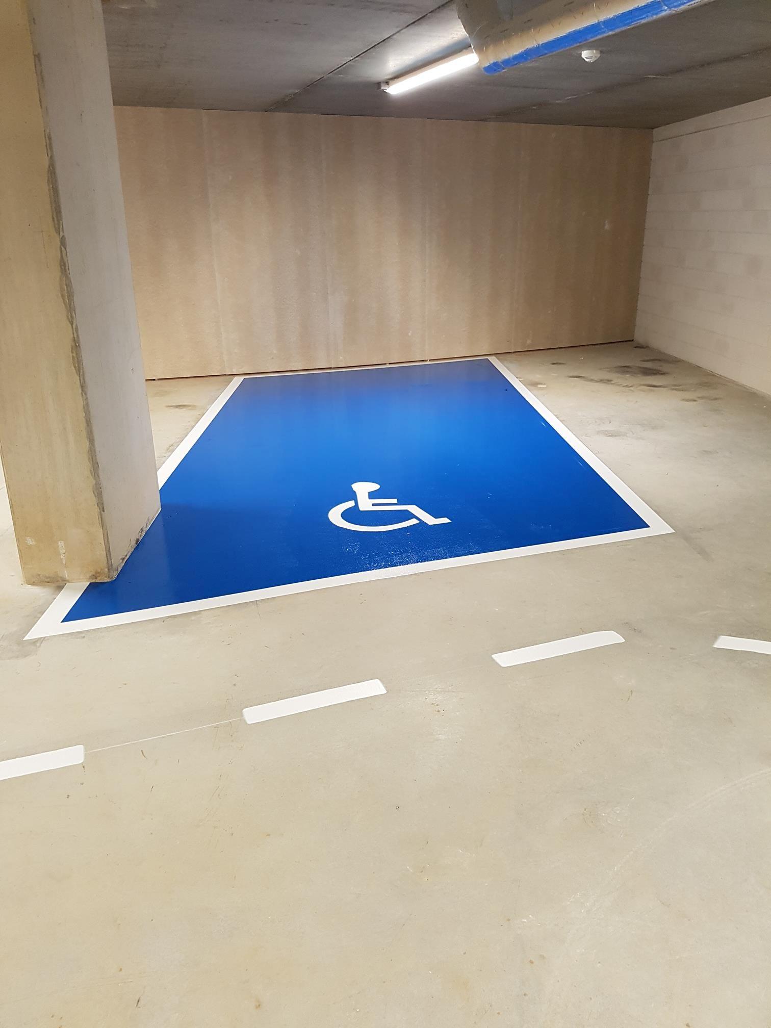 mindervalide parkeervak fullcoating blauw